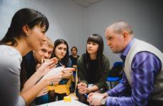 Обсуждения в группе Вконтакте: включение раздела и добавление темы